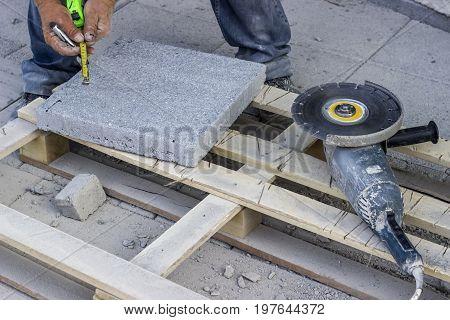 Cut Bricks With A Angle Grinder