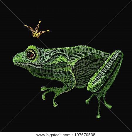 Frog embroidery. Queen frog classical embroidery template for clothes textiles t-shirt design