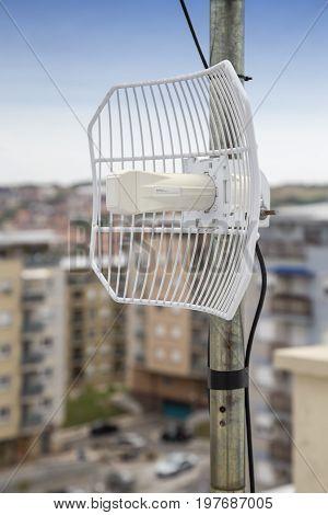 Parabolic Grid Antenna
