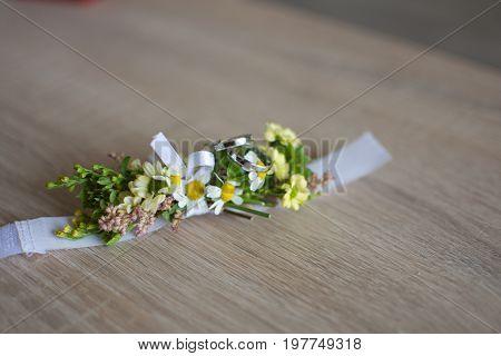 Wedding flower bracelet for bridesmaid and witness