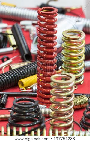 Multicolored metal of different sizes car springs