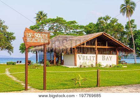 15 Degrees South Beach Bar at the gorgeous Velit Bay - Espiritu Santo, Vanuatu, 26 September 2012