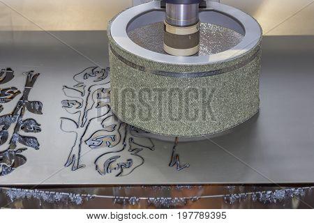 Cutting Metal With Plasma 2