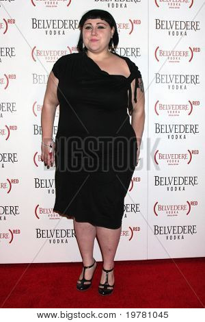 LOS ANGELES - FEB 10:  Beth Ditto arrives at the Belvedere RED Special Edition Bottle Launch at Avalon on February 10, 2011 in Los Angeles, CA