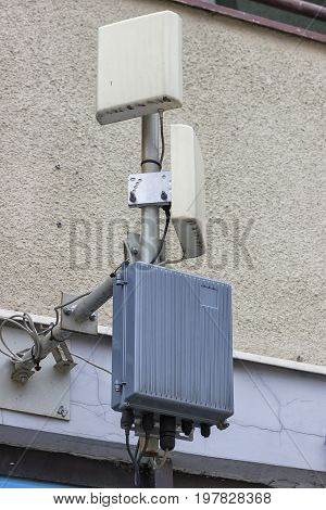 Outdoor Wireless Directional Antennas On Pole