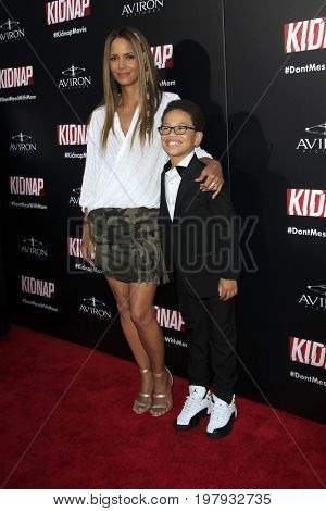 LOS ANGELES - July 31:  Halle Berry, Sage Correa at the