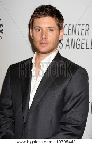 LOS ANGELES - MAR 13:  Jensen Ackles arrives at the