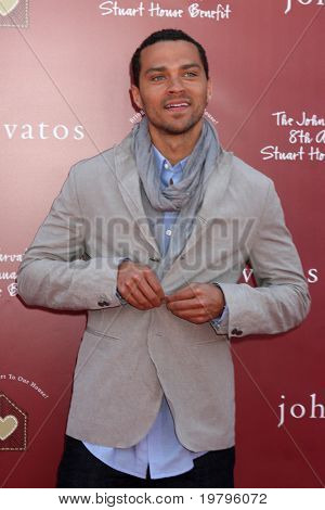 LOS ANGELES - MAR 13:  Jesse Williams arriving at the John Varvatos 8th Annual Stuart House Benefit at John Varvaots Store on March 13, 2011 in Los Angeles, CA