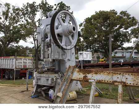 Cerro Goldo, Bayamon/puerto Rico - February 26, 2019: No Longer Used E.w. Bliss Company Machine. Com