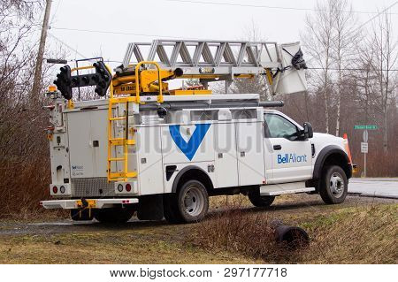 Pleasant Valley, Canada - April 22, 2019: Parked Bell Aliant Utility Truck. Bell Aliant Inc. Is A Co