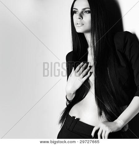 Ein Foto von sexuellen schönes Mädchen ist in Mode-Stil