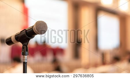 Microphone Voice Speaker In Business Seminar, Speech Presentation, Townhall Meeting, Lecture Hall Or