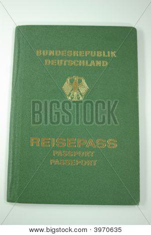 Old German Passport(Traveling)