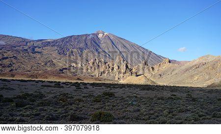 Mount Teide In Teide National Park, Tenerife, Canary Islands, Spain. Volcano Teide On A Sunny Novemb