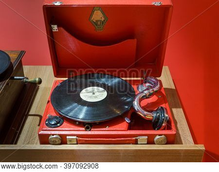 Moscow,russian Federation - September 23,2017:vintage Soviet Gramophone 1950s. Production Of The Per