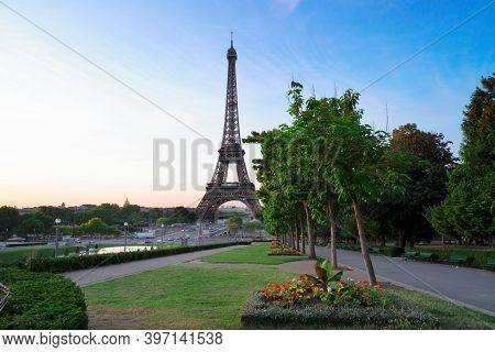 Paris Eiffel Tower And Trocadero Garden At Sunrise In Paris, France. Web Banner Format. Eiffel Tower