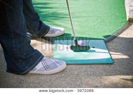 Mini Golfer