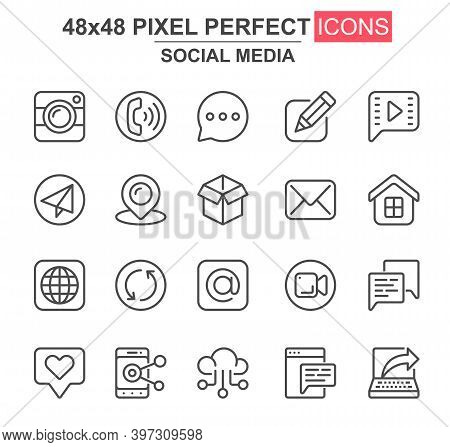 Social Media Thin Line Icon Set. Message, Call, Chat, Email, Smartphone, Pinpointer, Like, Camera, B