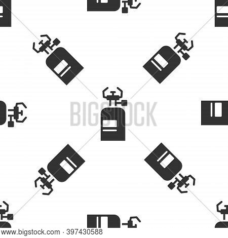 Grey Camping Gas Stove Icon Isolated Seamless Pattern On White Background. Portable Gas Burner. Hiki