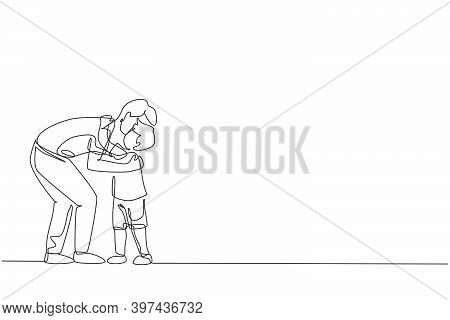 Single Continuous Line Drawing Of Young Father Hugging His Son Full Of Warmth Before Go To School, P