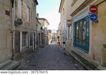 Saint Emilion , Aquitaine  France - 11 21 2020 : Saint-emilion Unesco Town View Of Saint Emilion Cit