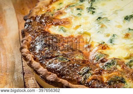 Quiche - Meat Pie With Chicken, Broccoli And Cheese