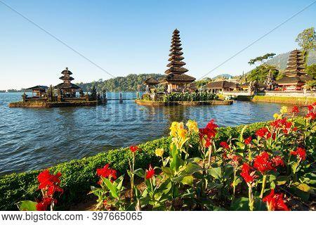 Pura Ulun Danu Bratan, Hindu Temple On Bratan Lake - Bali, Indonesia