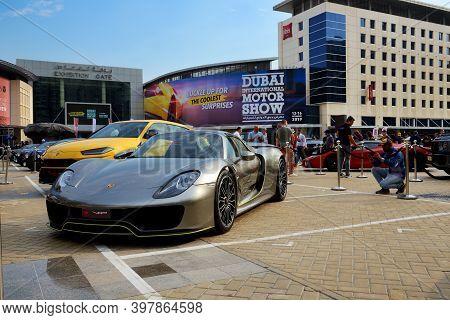 Dubai, Uae - November 16: The Porsche 918 Spyder Sportscar Is On Dubai Motor Show 2019 On November 1