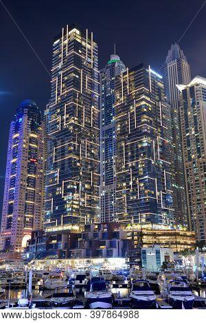 Dubai, Uae - November 15: The Night Illumination Of Dubai Marina On November 15, 2019 In Dubai, Uae