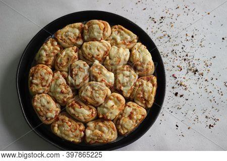 Home Baked Mozzarella Pizza Rolls