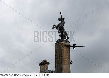 Inverness, Scotland - August 7, 2019: Falcon Square Mercat Cross Monument In The Center Of Inverness