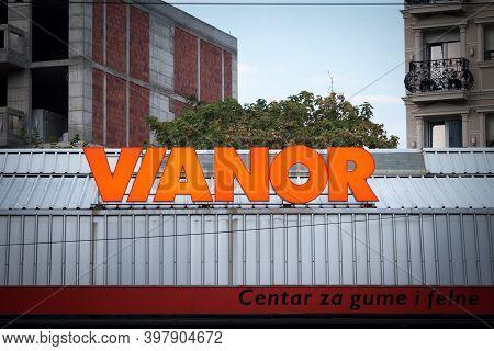 Belgrade, Serbia - August 14, 2020: Vianor Logo On Their Workshop For Belgrade. Part Of Nokian Tyres