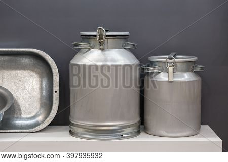 Aluminum Household Goods And Tools For The Home, Bathtub, Trough, Basin, Flask, Milk Can, Retro Styl