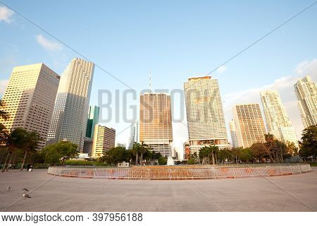 Miami, Florida, United States - March 11, 2012: Fountain At Bayfront Park And Skyline Of Buildings A