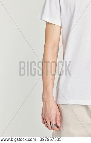 Men's white short sleeves tee mockup