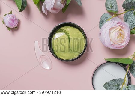 Green Tea Eye Patches To Reduce Puffiness And Bruising Under The Eyes. Flatlay