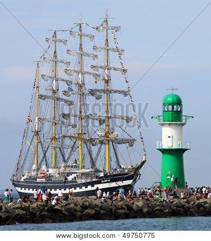 Sailing ship 03