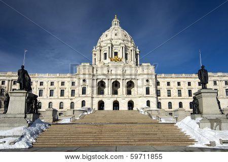 Winter time, State Capital Building, Saint Paul, Minnesota, USA