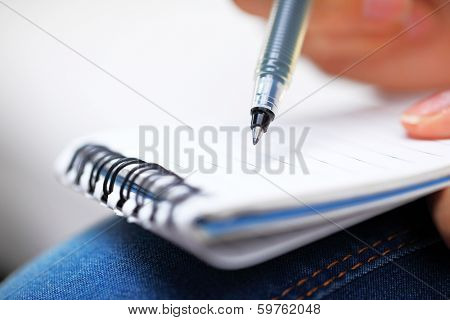 Jot down information on notpad
