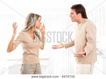 Casal com raiva