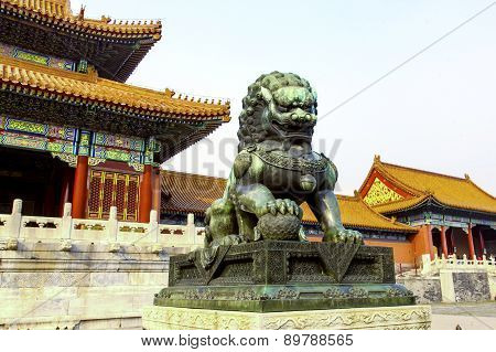 Bronze Lion at Palace of Heavenly Purity