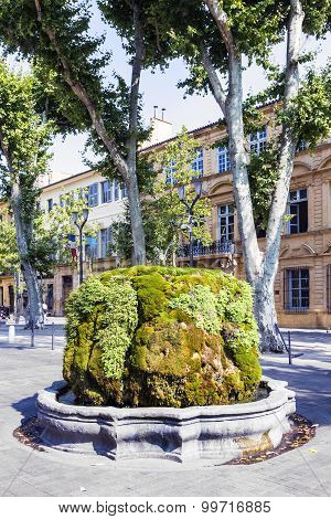 Thermal Fountain In Aix En Provence