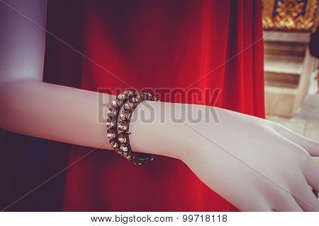 Fake Bracelet Diamond For Accessory On Mannequin