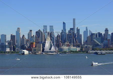 Hudson River and Midtown Skyline