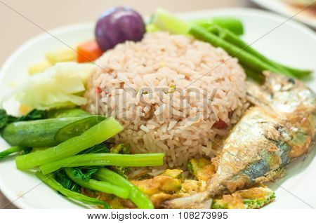 fried mackerel with shrimp paste sauce (nam prik kapi pla too) poster