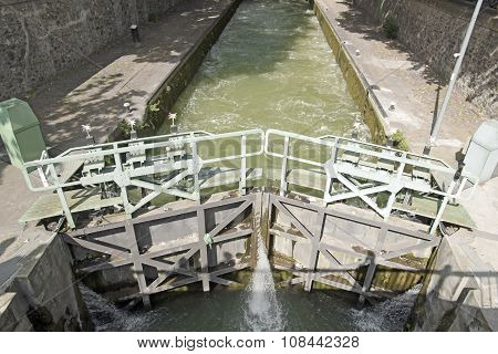Lock Canal Saint Martin (Paris)