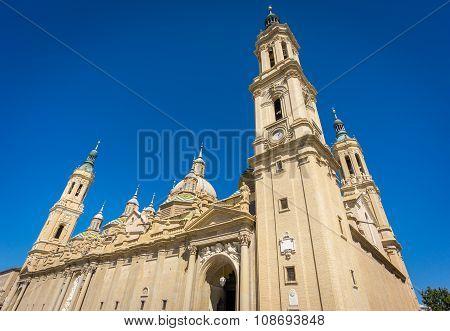 El Pilar basilica wide angle