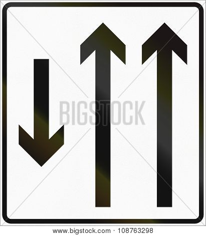 Norwegian Lane Information Road Sign - Two Lanes With Opposing Traffic