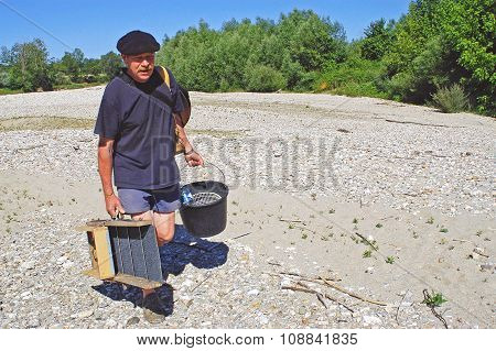 A French Gold Prospector
