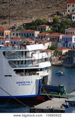 Ferry-boat, ilha de Halki